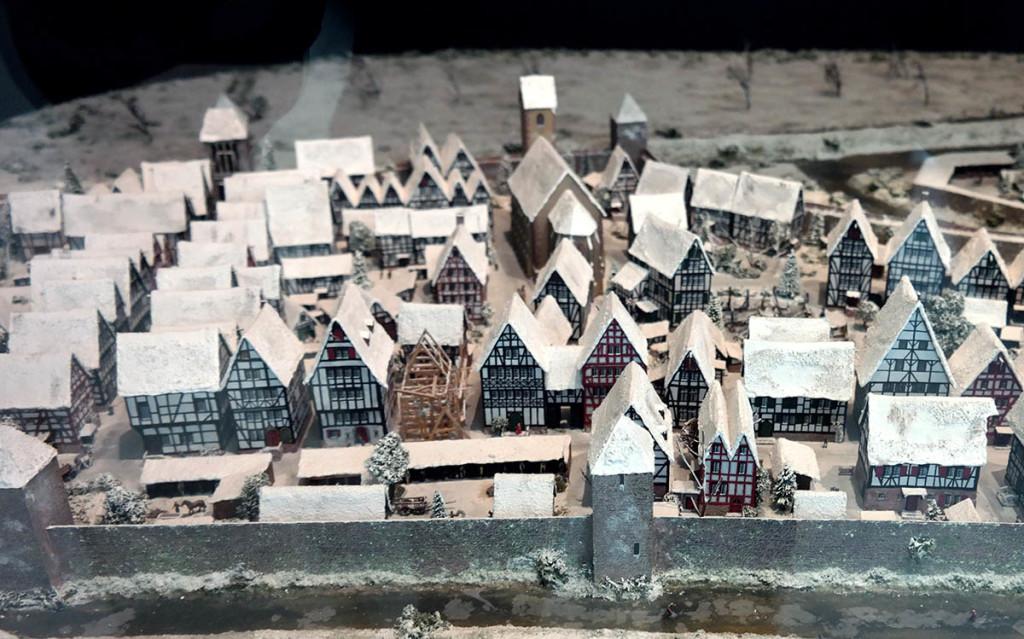 Takie słodkie domki były częścią ekspocyzji w Muzeum Architektury.